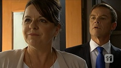 Polly Tranner, Paul Robinson in Neighbours Episode 6881