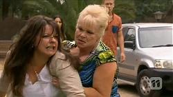 Polly Tranner, Sheila Canning in Neighbours Episode 6881