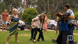 Sheila Canning, Polly Tranner, Naomi Canning, Matt Turner in Neighbours Episode 6881