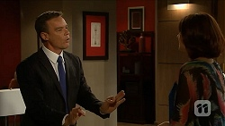 Paul Robinson, Naomi Canning in Neighbours Episode 6881