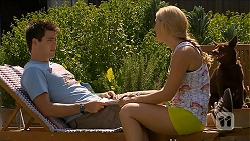Chris Pappas, Georgia Brooks, Bossy in Neighbours Episode 6881