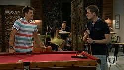 Chris Pappas, Will Dampier in Neighbours Episode 6881
