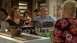 Terese Willis, Karl Kennedy, Sheila Canning in Neighbours Episode 6882