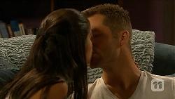 Sienna Matthews, Mark Brennan in Neighbours Episode 6882