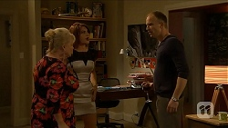 Sheila Canning, Naomi Canning, Charles Tranner in Neighbours Episode 6884