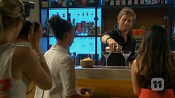 Amber Turner, Daniel Robinson in Neighbours Episode 6884