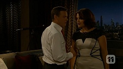 Paul Robinson, Naomi Canning in Neighbours Episode 6884