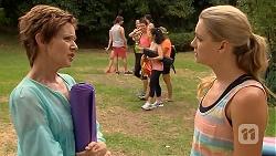 Susan Kennedy, Brad Willis, Georgia Brooks in Neighbours Episode 6885