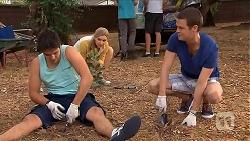 Chris Pappas, Georgia Brooks, Will Dampier in Neighbours Episode 6885