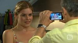 Amber Turner, Karl Kennedy in Neighbours Episode 6886