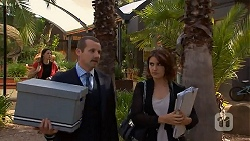 Toadie Rebecchi, Naomi Canning in Neighbours Episode 6888