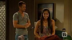 Mark Brennan, Sienna Matthews in Neighbours Episode 6888
