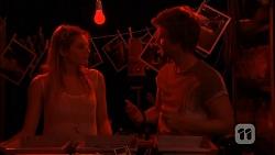 Amber Turner, Daniel Robinson in Neighbours Episode 6889