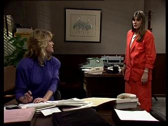 Debra Fleming, Zoe Davis in Neighbours Episode 0291