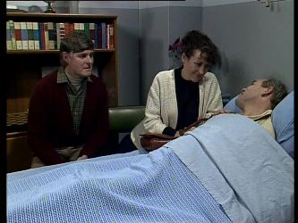 Tom Ramsay, Jean Richards, Jeff Richards in Neighbours Episode 0291