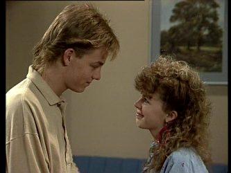 Scott Robinson, Charlene Mitchell in Neighbours Episode 0292