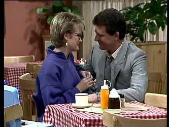 Daphne Lawrence, Des Clarke in Neighbours Episode 0293