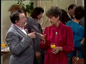 Harry Henderson, Nell Mangel in Neighbours Episode 0296