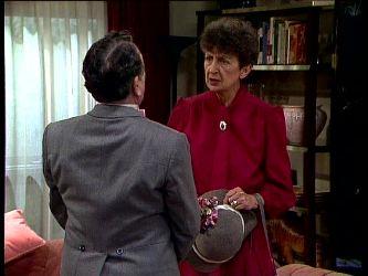 Harry Henderson, Nell Mangel in Neighbours Episode 0297
