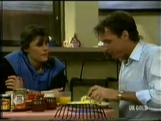 Zoe Davis, Tony Chapman in Neighbours Episode 0299