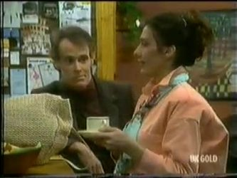 Graham Gibbons, Kate Gibbons in Neighbours Episode 0299
