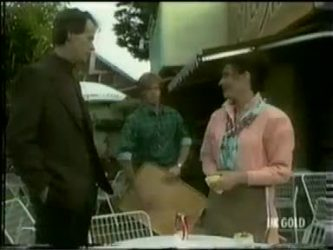 Graham Gibbons, Clive Gibbons, Kate Gibbons in Neighbours Episode 0299