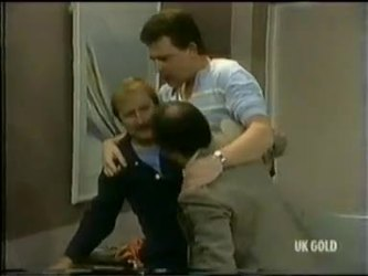 Des Clarke in Neighbours Episode 0299