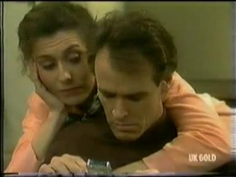 Kate Gibbons, Graham Gibbons in Neighbours Episode 0299