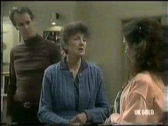 Graham Gibbons, Nell Mangel, Kate Gibbons in Neighbours Episode 0301