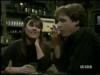 Zoe Davis, Tony Chapman in Neighbours Episode 0301