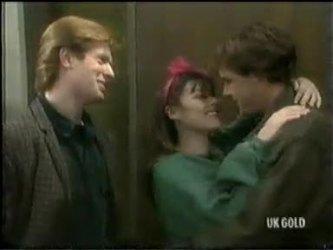 Clive Gibbons, Zoe Davis, Tony Chapman in Neighbours Episode 0301