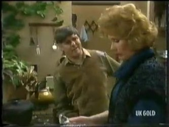 Tom Ramsay, Madge Bishop in Neighbours Episode 0303