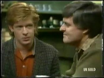 Clive Gibbons, Tom Ramsay in Neighbours Episode 0303