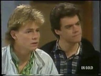 Scott Robinson, Paul Robinson in Neighbours Episode 0304