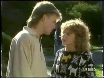 Scott Robinson, Charlene Mitchell in Neighbours Episode 0304