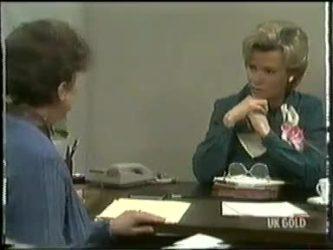Nell Mangel, Helen Daniels in Neighbours Episode 0305