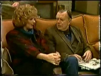 Madge Bishop, Dan Ramsay in Neighbours Episode 0332