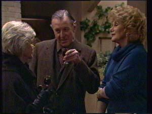 Helen Daniels, Dan Ramsay, Madge Bishop in Neighbours Episode 0333