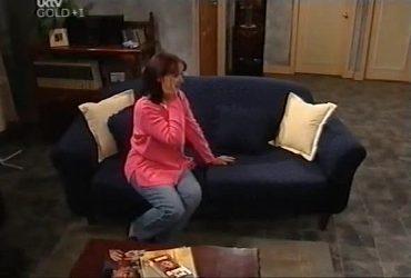 Susan Kennedy in Neighbours Episode 4420