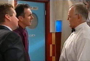 Toadie Rebecchi, Karl Kennedy, Harold Bishop in Neighbours Episode 4420