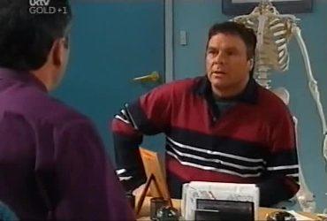 Karl Kennedy, Joe Scully in Neighbours Episode 4420