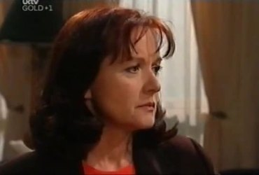 Susan Kennedy in Neighbours Episode 4421