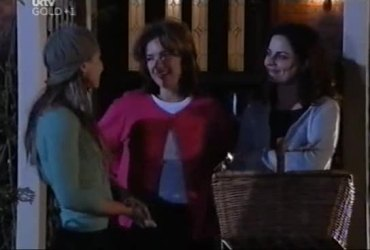 Steph Scully, Lyn Scully, Liljana Bishop in Neighbours Episode 4421