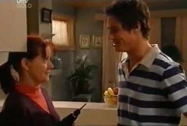 Susan Kennedy, Jack Scully in Neighbours Episode 4422