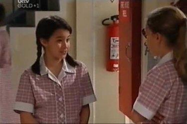 Lisa Jeffries, Summer Hoyland in Neighbours Episode 4423
