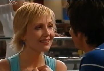 Sindi Watts, Jack Scully in Neighbours Episode 4434