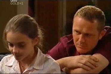 Summer Hoyland, Max Hoyland in Neighbours Episode 4476