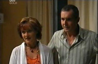 Susan Kennedy, Karl Kennedy in Neighbours Episode 4487