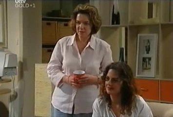Lyn Scully, Liljana Bishop in Neighbours Episode 4491