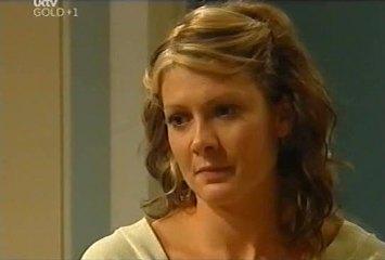 Izzy Hoyland in Neighbours Episode 4491
